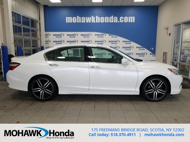 Certified Pre-Owned 2016 Honda Accord Sedan Touring
