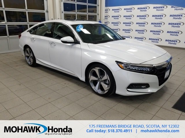 Certified Pre-Owned 2018 Honda Accord Sedan Touring 1.5T